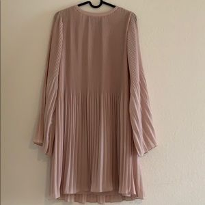 Gianni Bini pink dress
